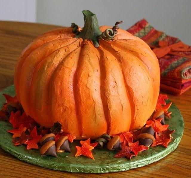 How To Make A Small Pumpkin Shaped Cake