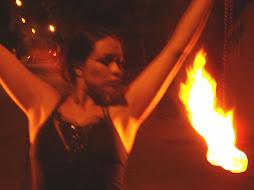 Few... malabares con fuego