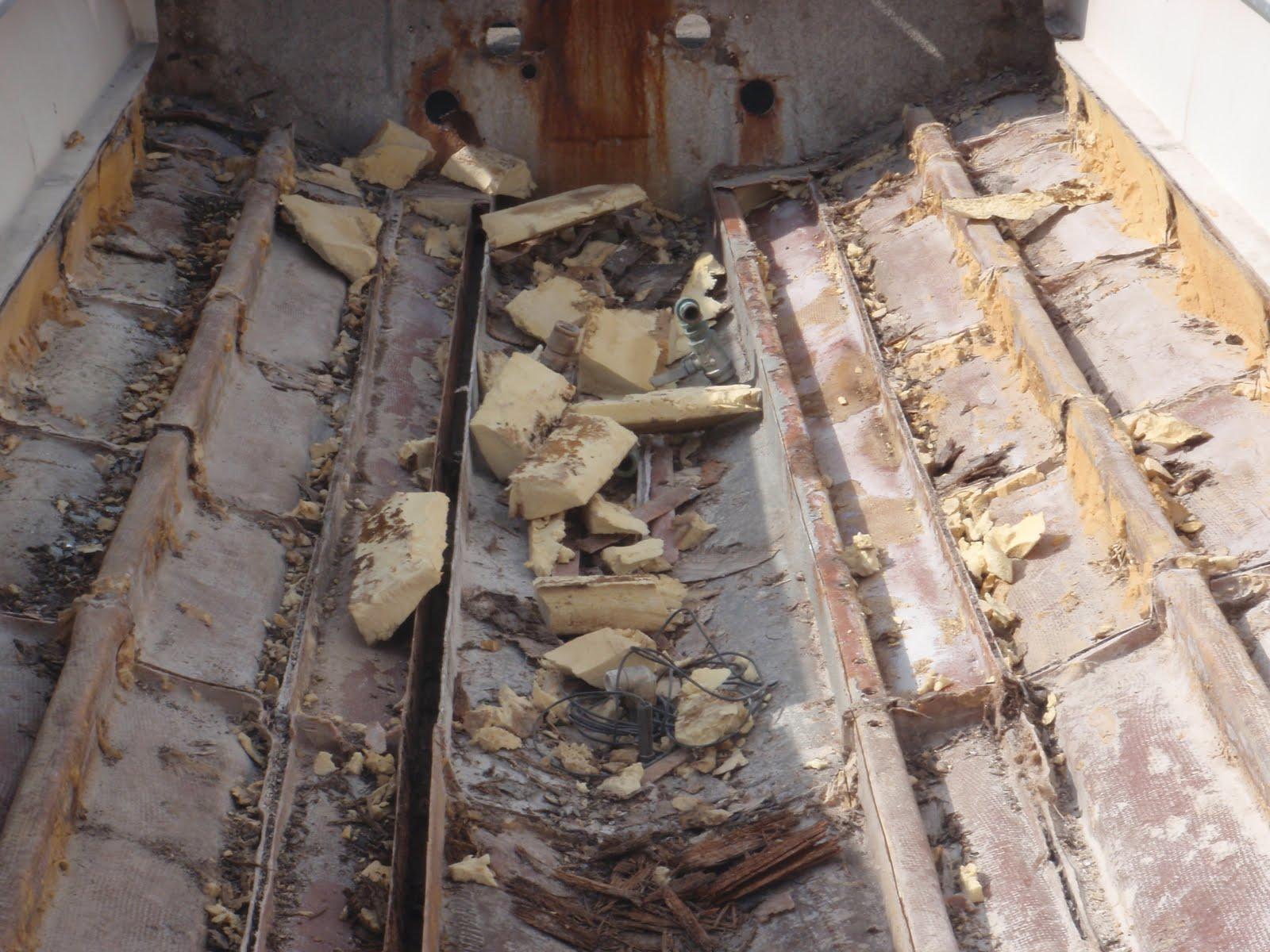 1981 23 Fish Nautique Restoration One Stringer Out Three