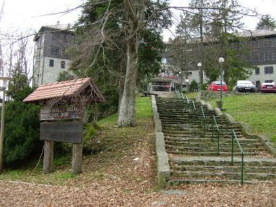 Stepenice za glavni ulaz u Tomislavac