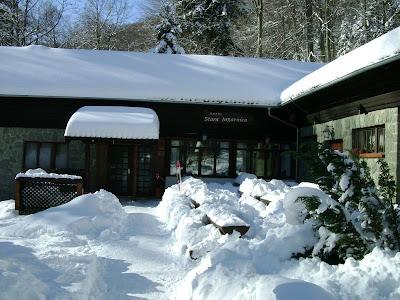 Stara lugarnica zimi