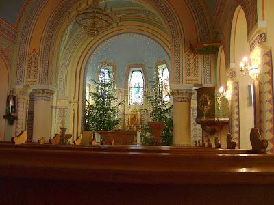 Unutrašnjost crkve Sv. Mirka u Šestinama