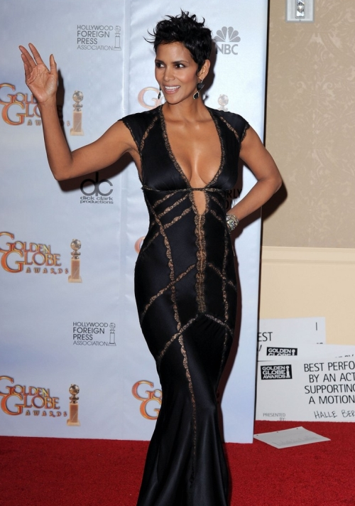 golden globes 2011 dresses halle berry. Home » ads about 'halle berry golden globes 2011 images'