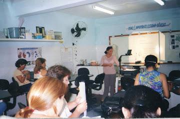 CAPACITAÇÃO DE EDUCADORES NA ÁREA DAS CIÊNCIAS