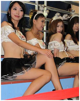 http://3.bp.blogspot.com/_SleEIybMo_g/TDKSh2grzfI/AAAAAAAAGRk/zRomUz7gehY/s400/Cewek-spg-China-6.jpg