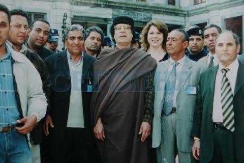 """Sang suster """"Blonde Ukraine"""" itupun selalu ada kemana  Khadafi pergi"""