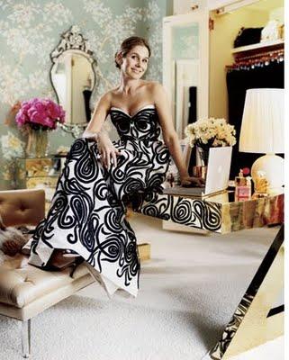 [aerin+lauder+dressing+room+mirror+gift+from+estee+harpers+bazaar.jpg]
