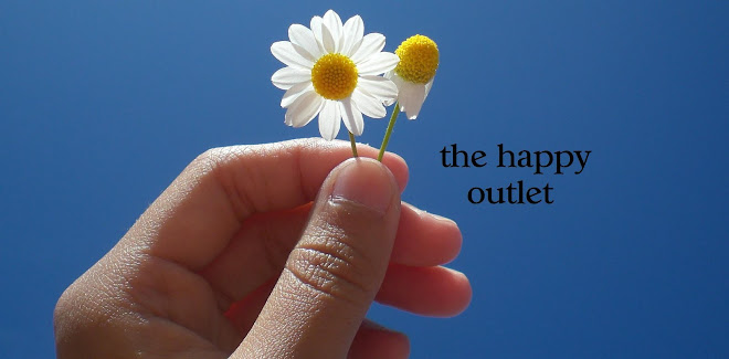 tHe HaPpy oUtLet