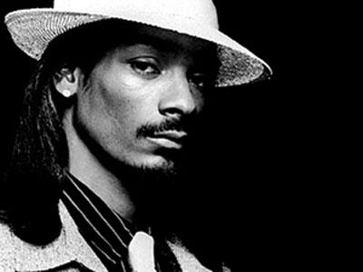 http://3.bp.blogspot.com/_SqgPKQp2KRw/TIL2cX_RWdI/AAAAAAAAAAM/xg3vjAEq3yc/s1600/Snoop-Dogg.jpg