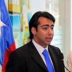 MARQUISMO=20, 13%:Enríquez Ominami anuncia voto por Frei en el balotaje-13-01-10