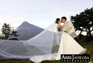 Wedding at Legazpi City, Albay. Photo by Ariel Javelosa.