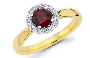 Ostbye garnet gold ring