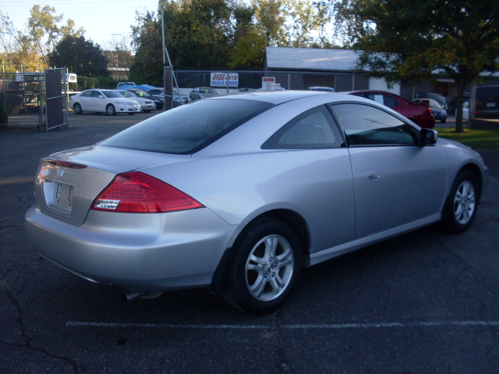 luisrideauto 2006 honda accord lx 2 door coupe 2 4 liter 4 cyl 58k miles. Black Bedroom Furniture Sets. Home Design Ideas
