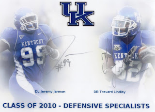 Also Signing Were Kentucky Defensive Stars Jeremy Jarmon And Trevard Lindley Who Sent Back A Signed 4x6 Comob Photo Single Index Card Each Care Of
