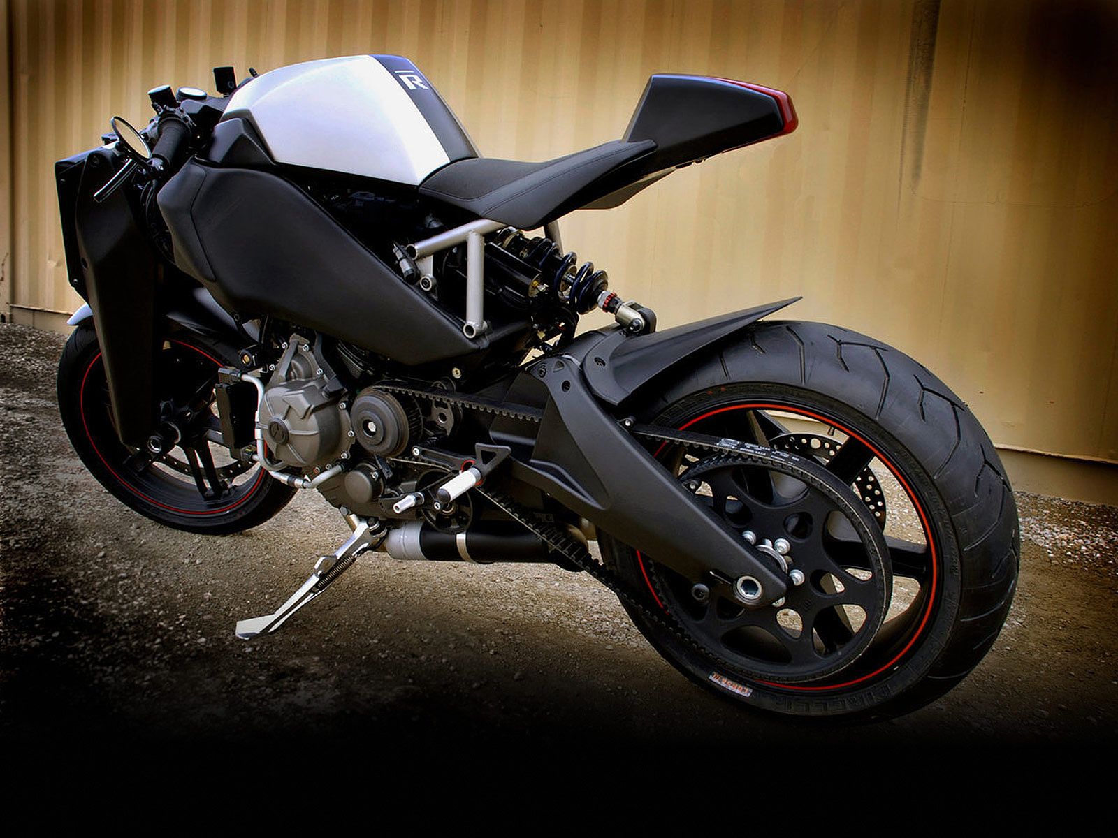 2010 buell 1125r picture design and specification