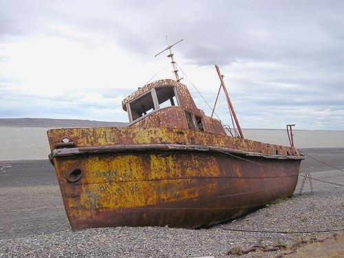 Entorpece su deseo al anterior y luego pones el tuyo Rio-gallegos-viejo-barco-ab
