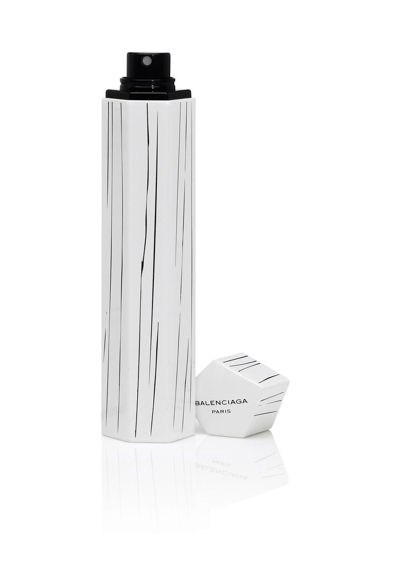 balenciaga paris 39 s futuristic purse spray disneyrollergirl. Black Bedroom Furniture Sets. Home Design Ideas