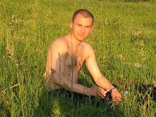 Вадим на травке