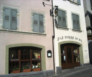 A la pomme de pin – Lausanne Switzerland