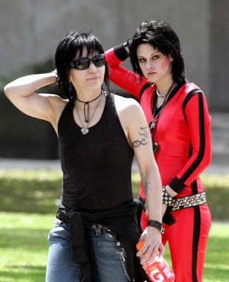 Joan Jett  Kristen Stewart on Robert Pattinson Intoxication  Come Out  Come Out  Wherever You Are