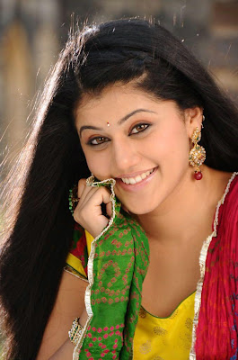 Tollywood Actress Tapsee Cute Images Navel Queens