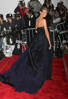 Heidi  klum at Metropolitan Museum of Art Costume Institute Gala 2009