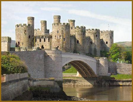 [medieval+castle.jpg]