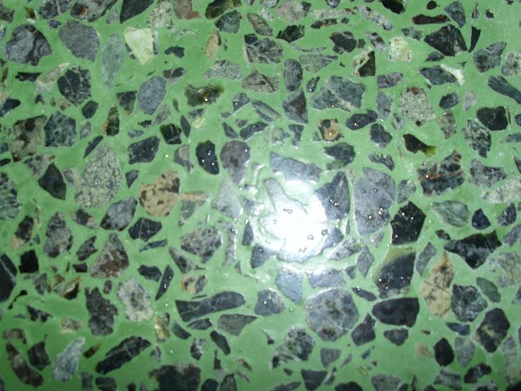 Mundo granito mg r l for Granito color verde