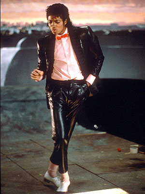 http://3.bp.blogspot.com/_T45D-so5lvM/TCT2I1hh7yI/AAAAAAAAA6A/QguGe32py64/s1600/michael-jackson-billie-jean-video.jpg