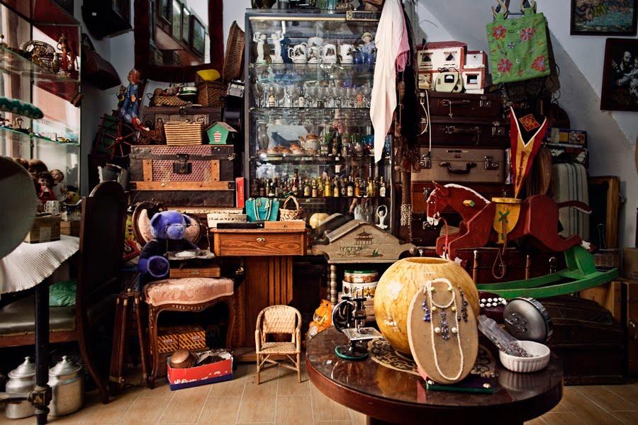 Tiendas de barrio almoneda for Muebles o rastro