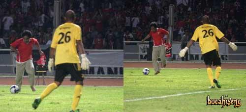 Hendri Mulyadi - Video Hendri Mulyadi Menyusup Lapangan Bola