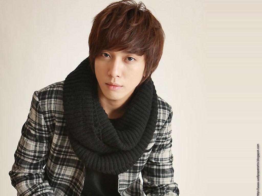 http://3.bp.blogspot.com/_T5PXg2LAEAQ/TFU7_m8lX4I/AAAAAAAAFe8/BAc07qcyuO0/s1600/Jung-Hyong-Hwa-photo-wallpapers.jpg