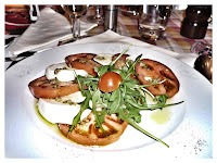 Σαλάτα Caprese - Pasteria Π. Φάληρο