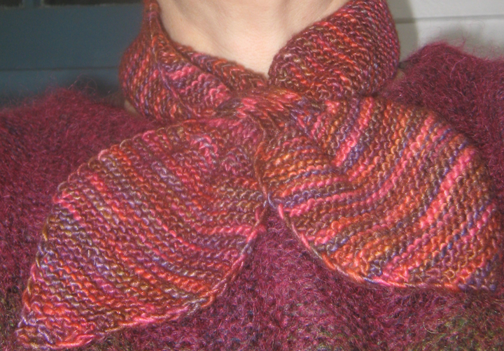 Knitting Pattern Bow Knot Scarf : Foxy Art Studio: Fun Little Bow-tie Scarf