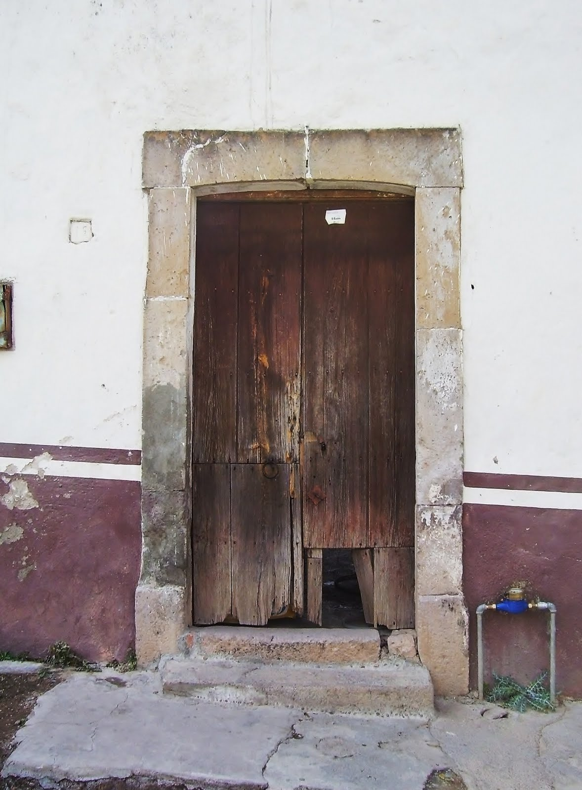Arqleku tratamiento de puertas coloniales for Puertas coloniales antiguas