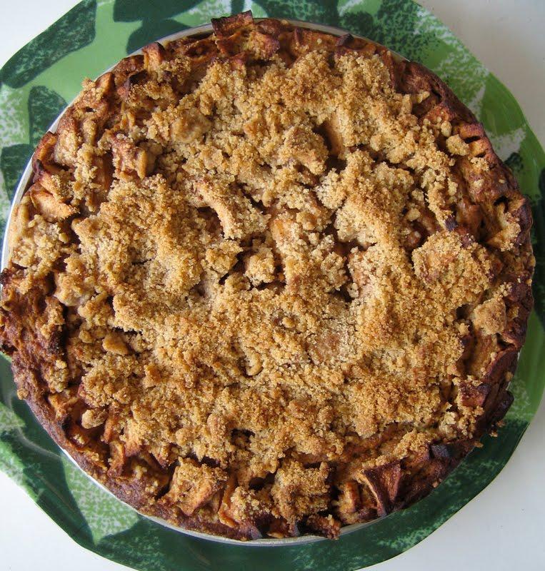 Pumpkin Apple Crumb Cake Everybody Likes Sandwiches