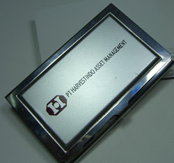http://3.bp.blogspot.com/_T8RSuearNXM/R02cg3FE25I/AAAAAAAAACk/Voh_p47dS-o/s320/tempat-kartu-nama-harvestindo.jpg