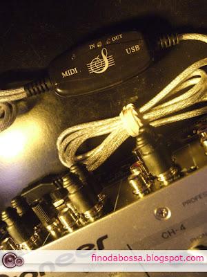 O conjunto interface MIDI genérica, mixer DJM 700 da Pioneer e o Ableton Live não conversam de jeito nenhum