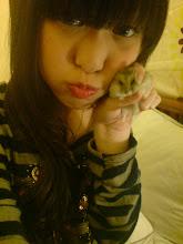 ME&bobi....(my bou bui HAMTER)