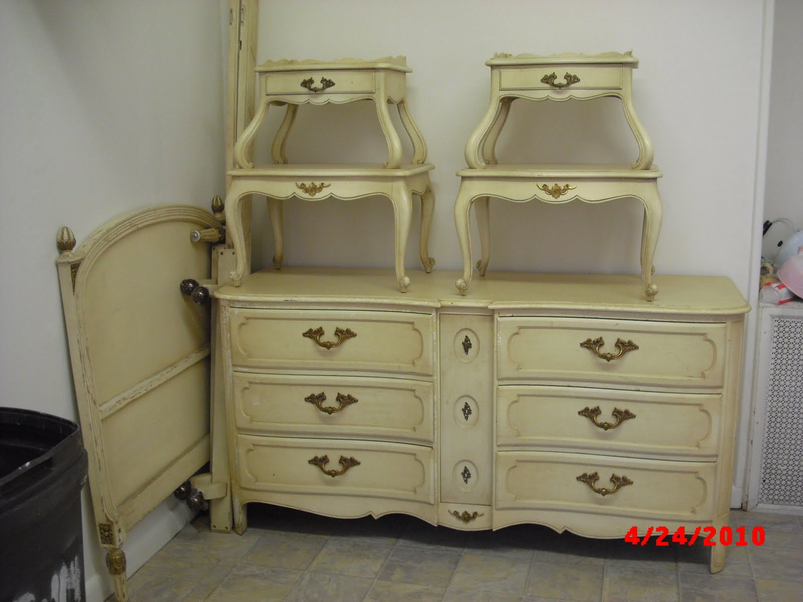 Handpainted furniture blog shabby chic vintage painted for French provincial bedroom furniture