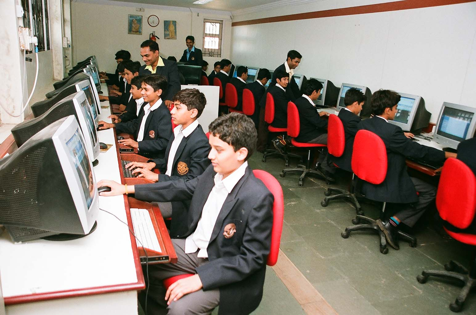 advancement of computer Free sample essay on computer technology: since the beginning of time technology has helped us out as a human race from the invention of the wheel to the internet, technology has been a great factor on the way our civilization has grown.