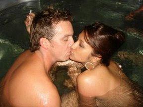 Rahma Azhari ciuman
