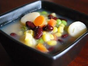 Clean-out-the-fridge Veggie Soup