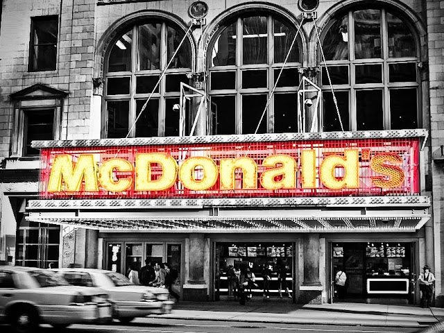 Walk In New York - Times Square - 42th Street - Mc Donald