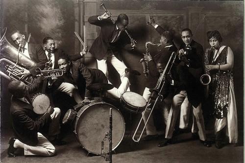 Roaring Twenties Jazz 1920s Jazz Age - Ameri...