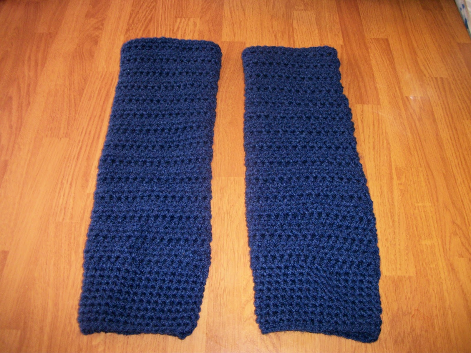 Colletta\'s Kitchen Sink: Crocheted Leg Warmers
