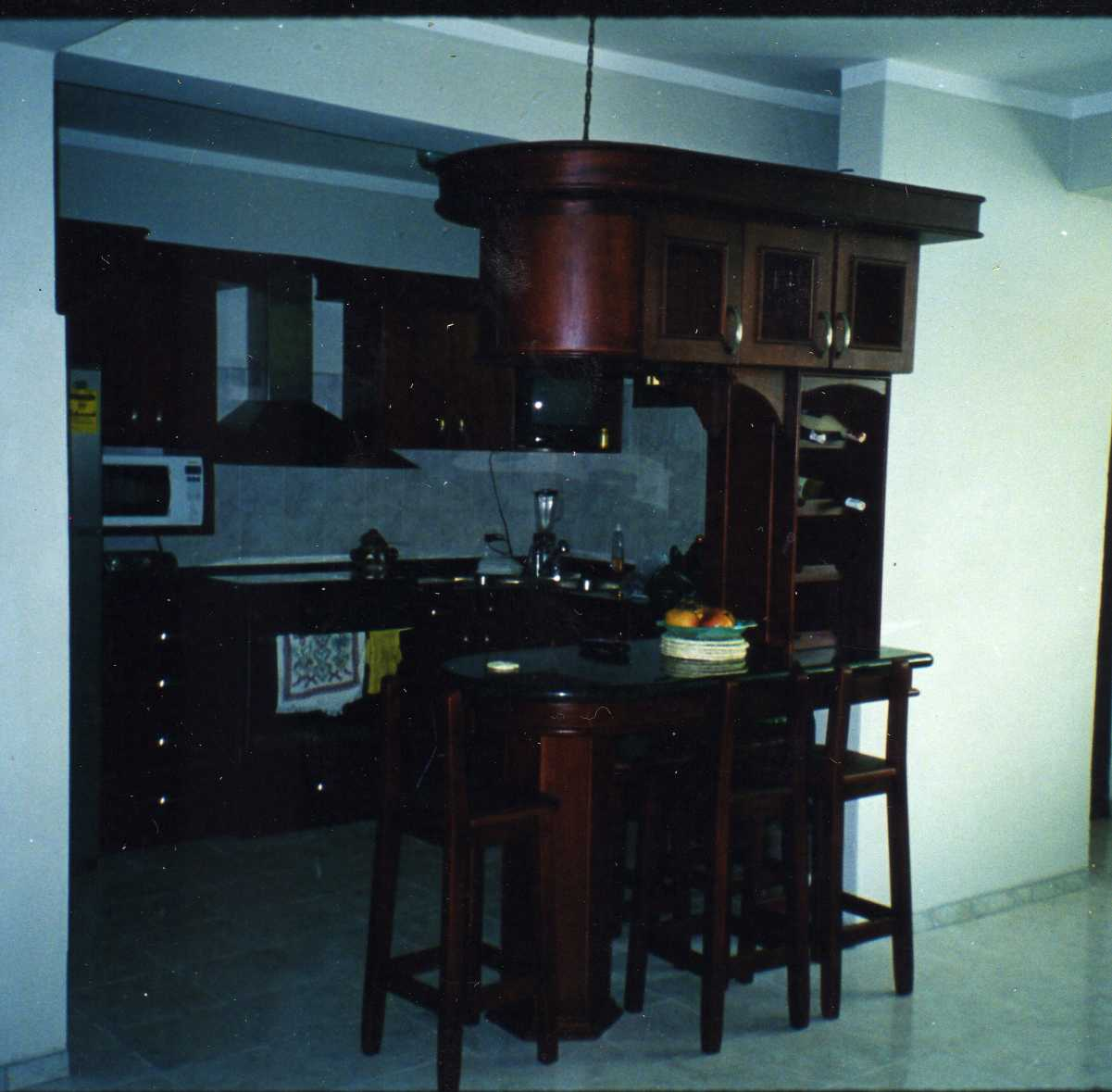 Mis trabajos en madera bar aereo y cocina empotrada en tono caoba bar aereo y cocina empotrada en tono caoba oscuro thecheapjerseys Choice Image