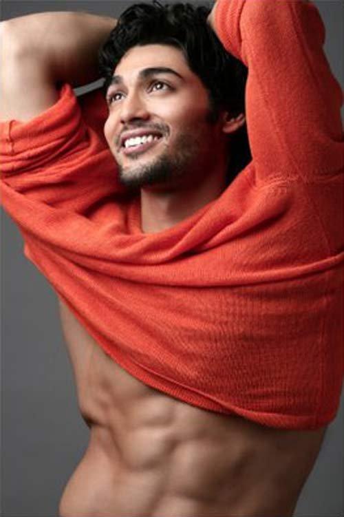Shirtless Bollywood Men Ruslaan Mumtaz