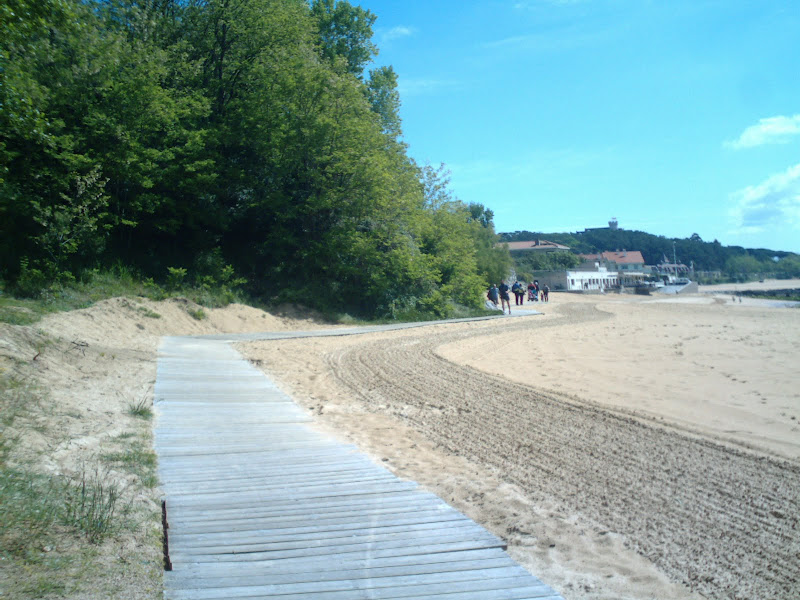 Camino de madera en la Playa de la Magdalena