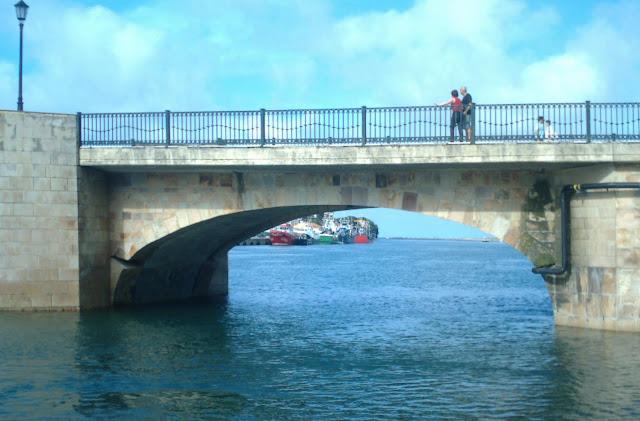Puente en San Vicente de la Barquera